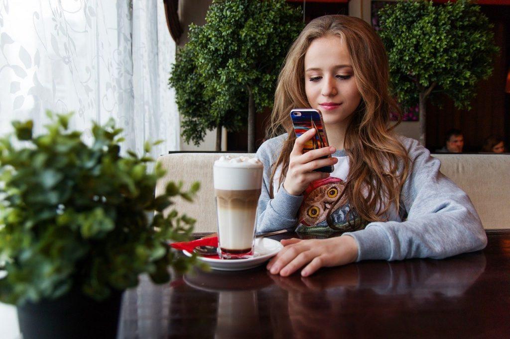 use-smartphone
