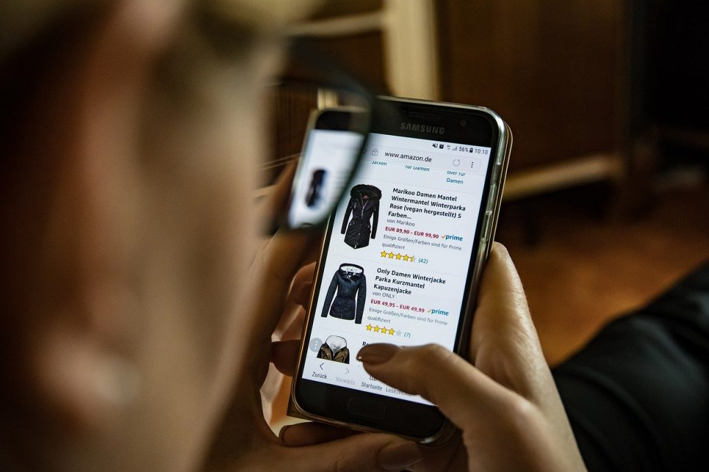 save-money-shopping-online